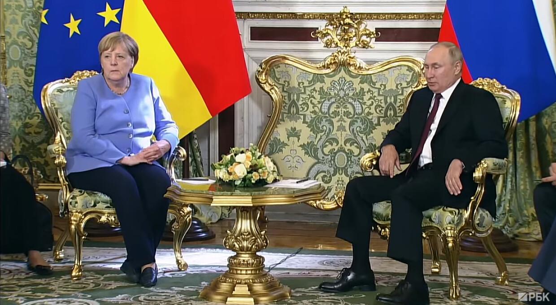 Що Меркель і Путін говорили про Україну після своєї зустрічі