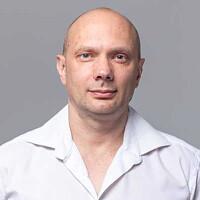 Олег Бурлов