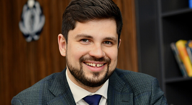 Замах на Шефіра, конфлікт із Разумковим і справжній Зеленський: інтерв'ю з адвокатом президента Качурою