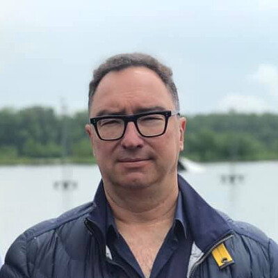 Oleksiy Martynov Profiles on The Page