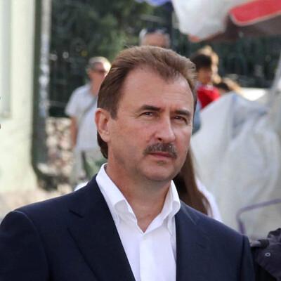 Oleksandr Popov Profiles on The Page