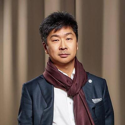 Vladimir Tsoi Profiles on The Page